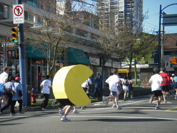 Pac Man in the Vancouver Sun Run 2006