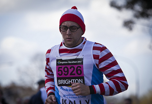 brighton marathon wheres-waldo-runner