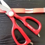 #7: Measure the length you desire. NOTE: Leave 1.5cm extra to fit into the clasp. Cut the silicon band.