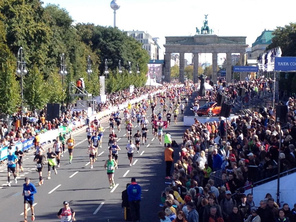 bmw berlin marathon just run lah. Black Bedroom Furniture Sets. Home Design Ideas
