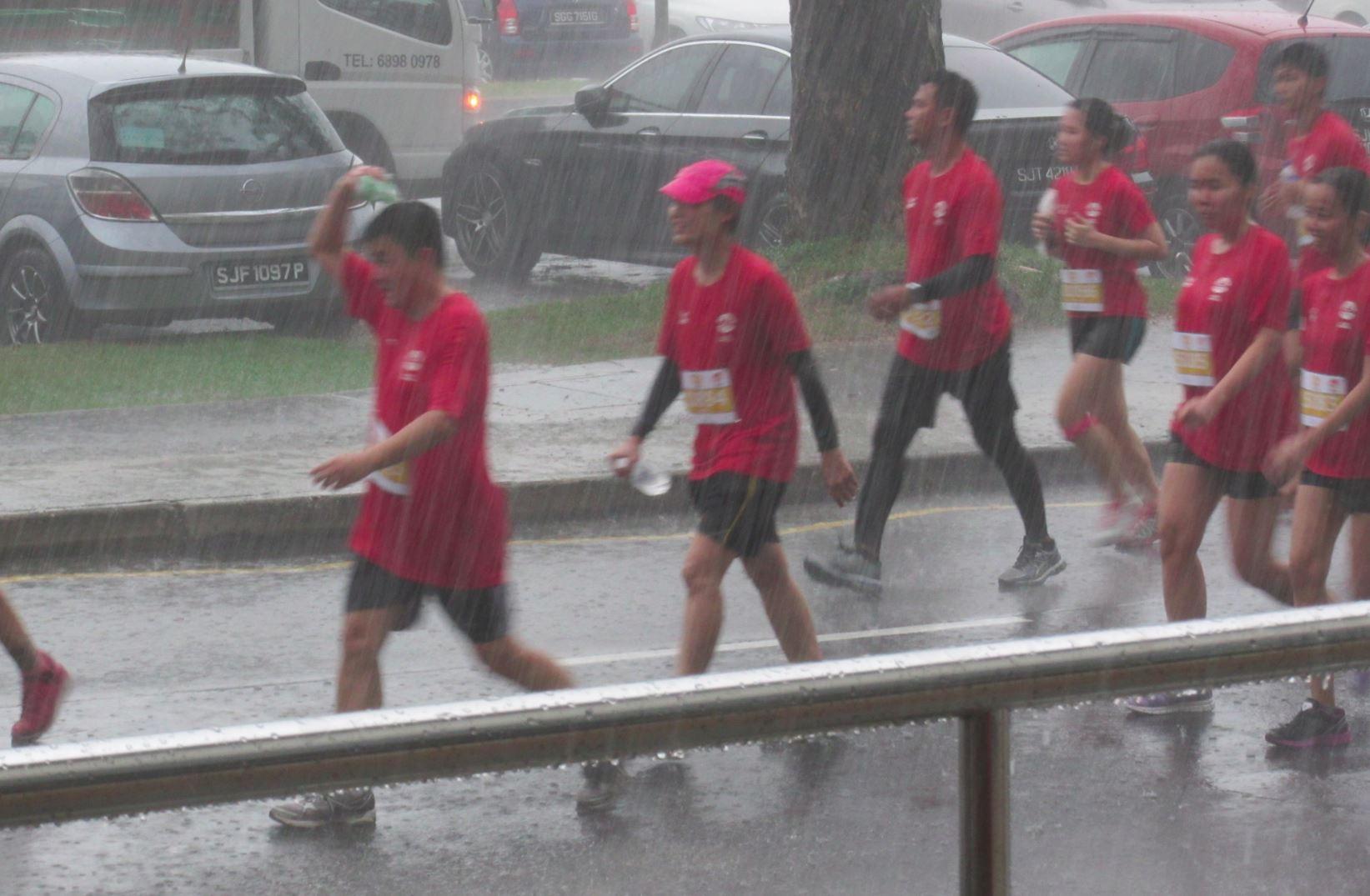 nila run 2015 rain