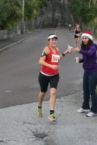 5km Jingle Run in Bermuda (19/12/2010) 30 wks pregnant with baby #2