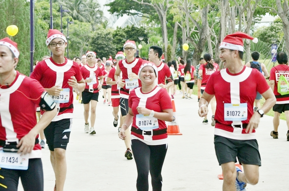 Santa Run For Wishes 2015, Largest Christmas Run in Singapore ...