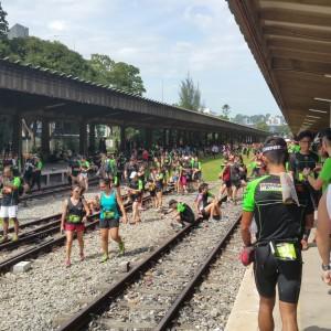 Runners' on Rail