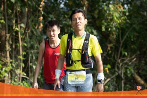 photo credits : Tony Ton Ton ... starting out on loop 22 with Eugene Teo in tow