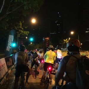 It was rather dark when we flagged off and front and rear lighs were compulsory.