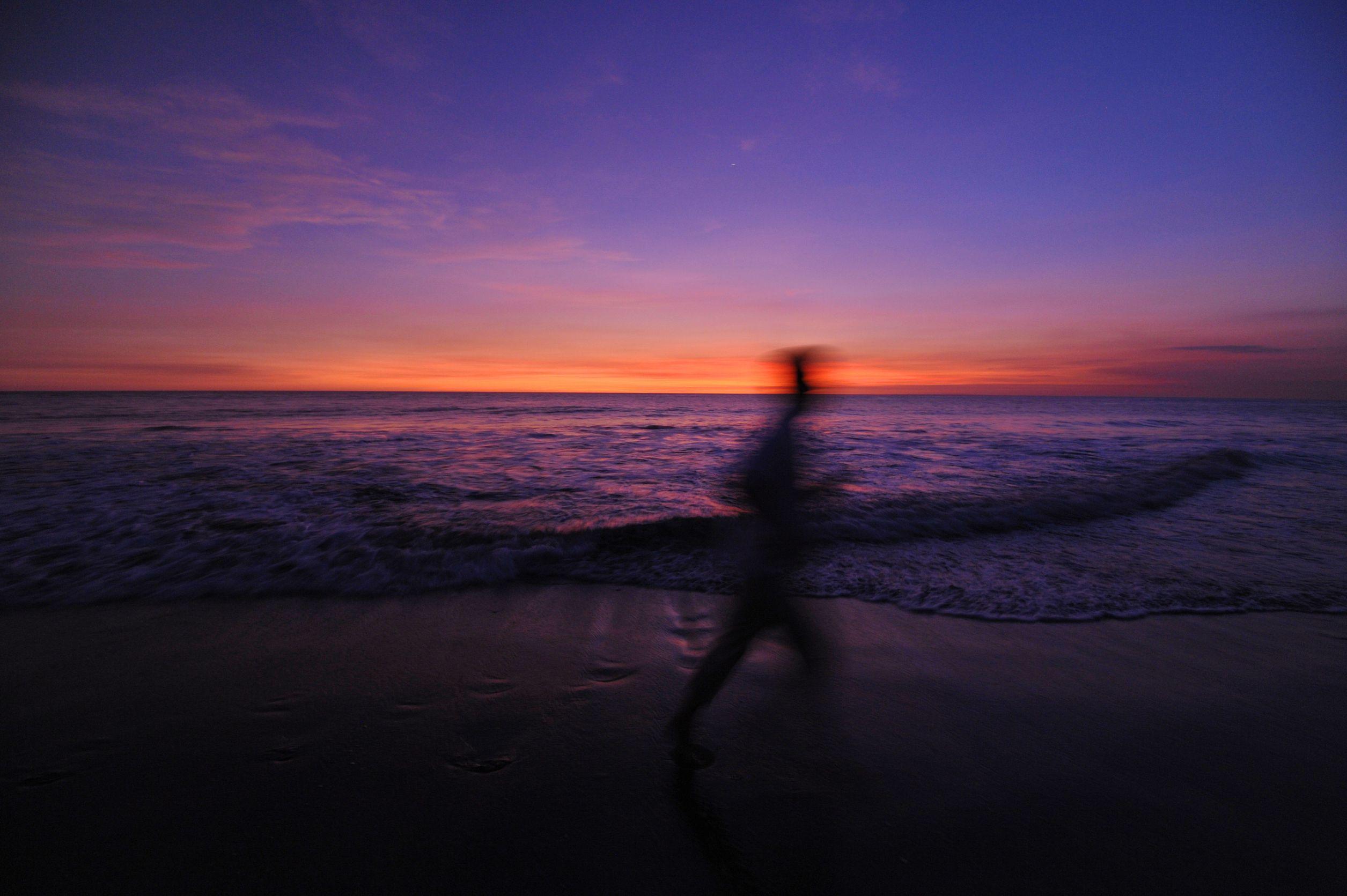 beach running silhouette