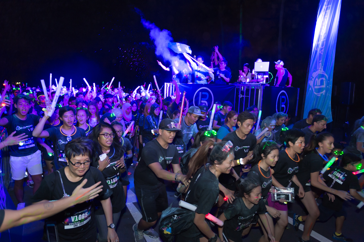 skechers-blacklight-run-2016-675