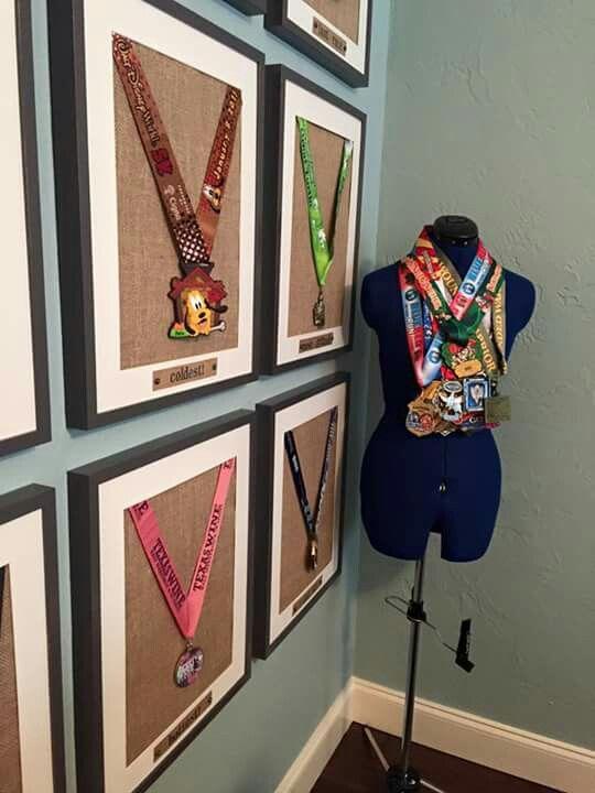 manequine-medal