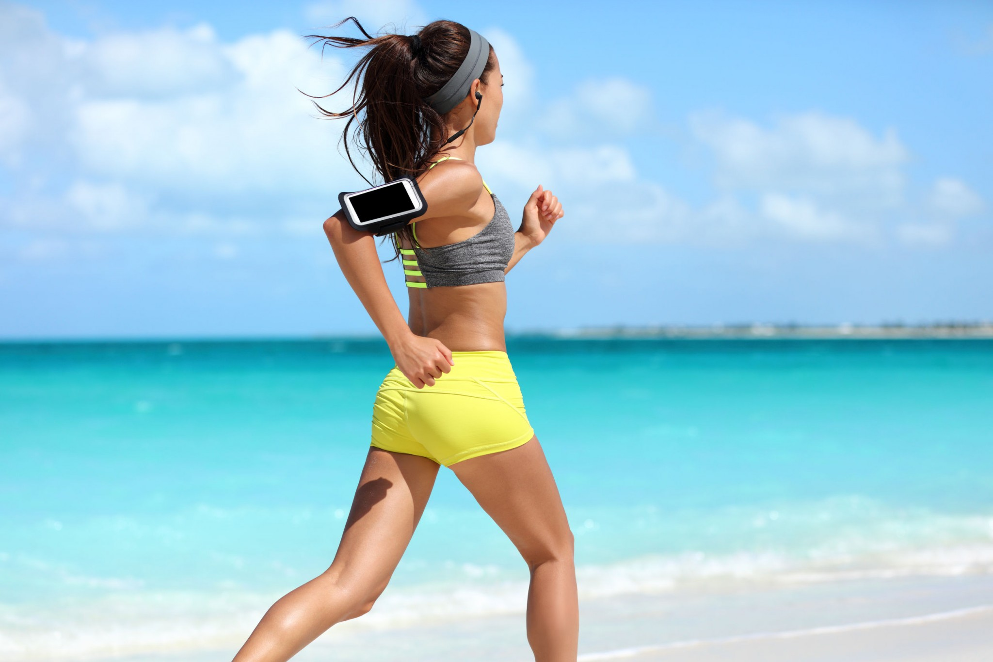 fit-woman-cardio-training
