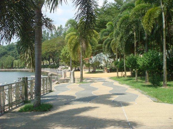 kl-lake-garden