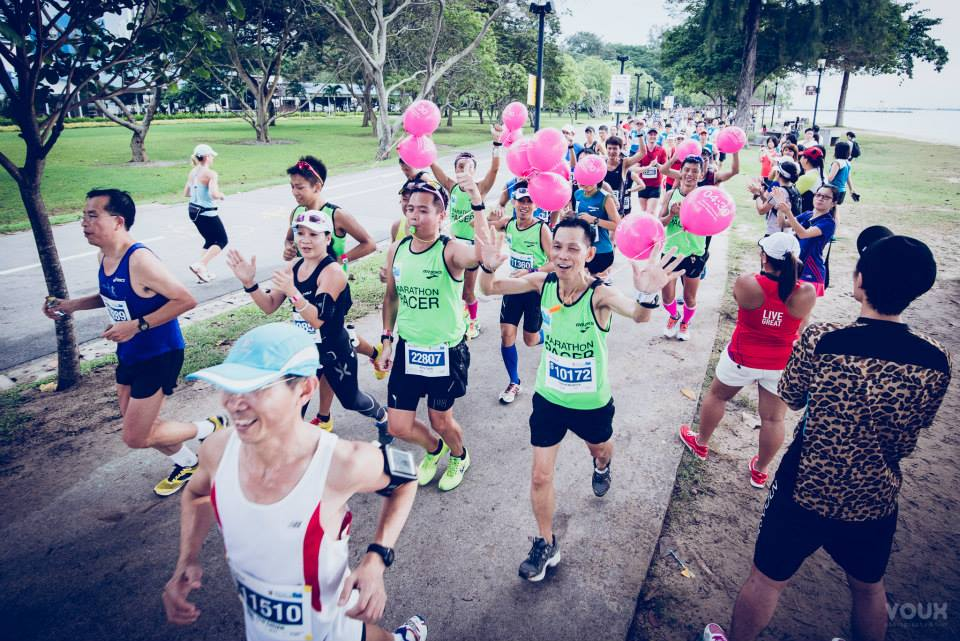Pacing team in Singapore. www.runningdept.com