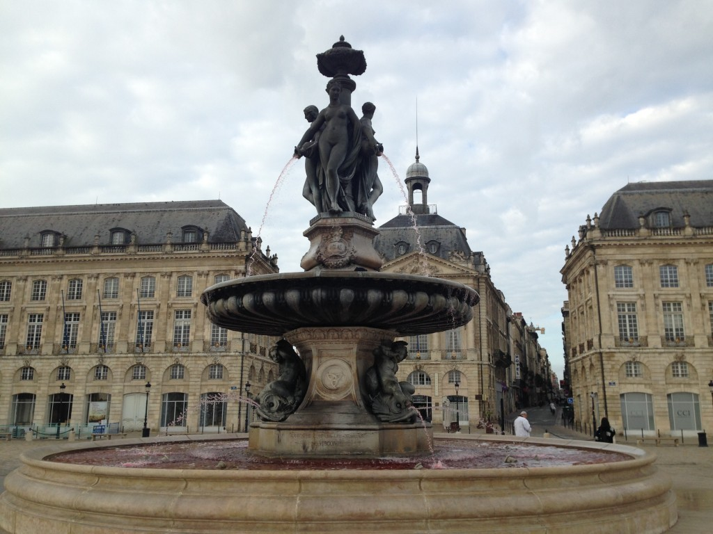 See that fountain? The water is red like the famous red wine which Bordeaux is well known as