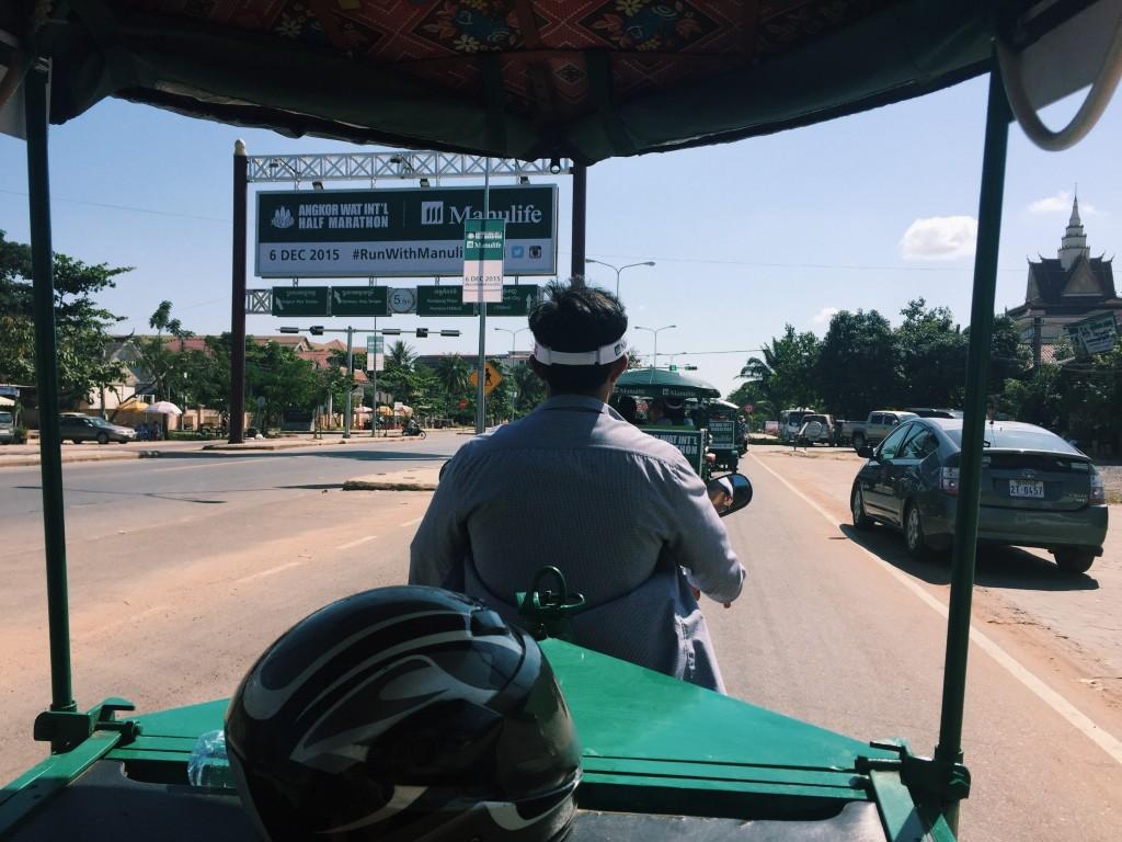 angkorwat tuktuk