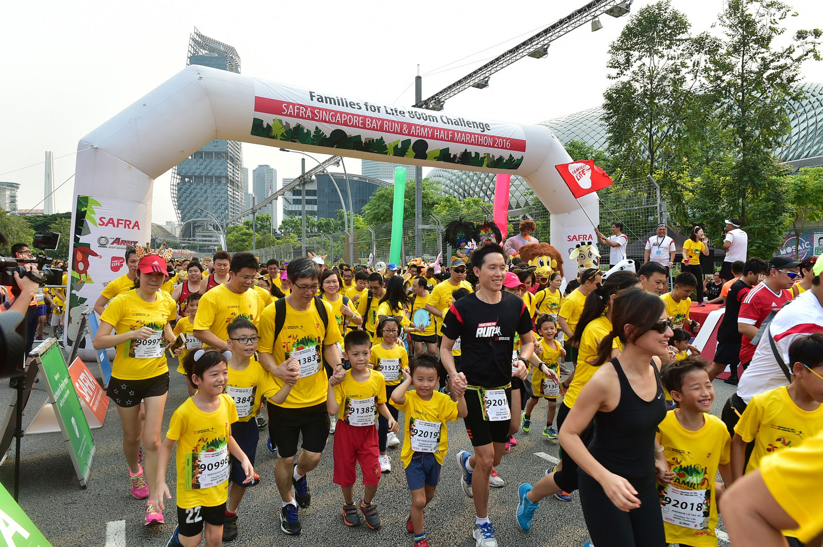 Families for Life 800m Challenge welcome mothers to participate in the run for the first time this year (Image courtesy of MINDEF)