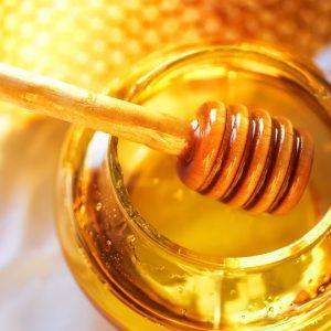 6 Health Benefits of Honey