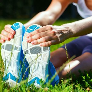 3 Stretches Every Runner MUST DO Before Every Run!
