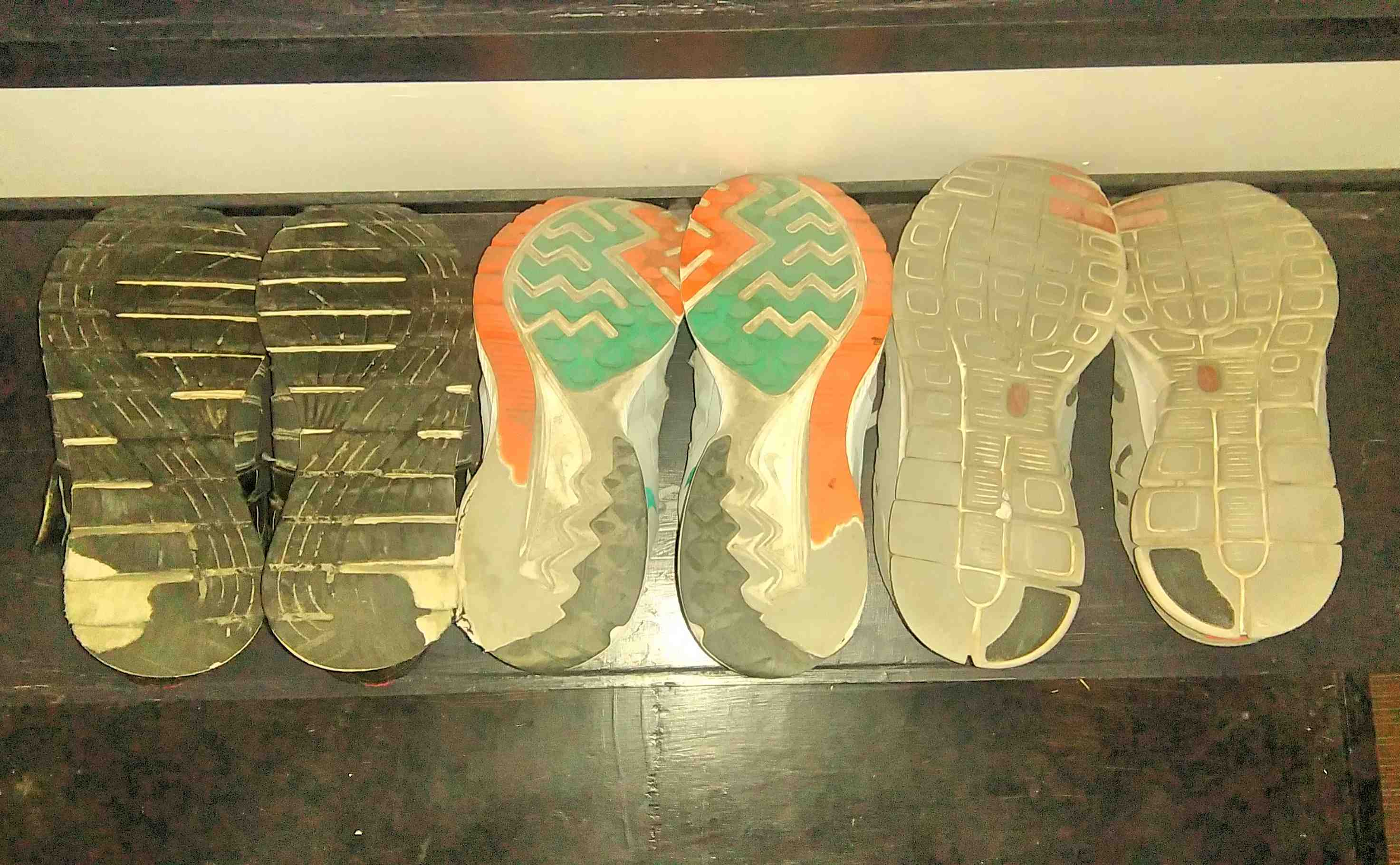 competitive price cb4ff bc813 Buying Shoes for Underpronators (Like Me) | JustRunLah!
