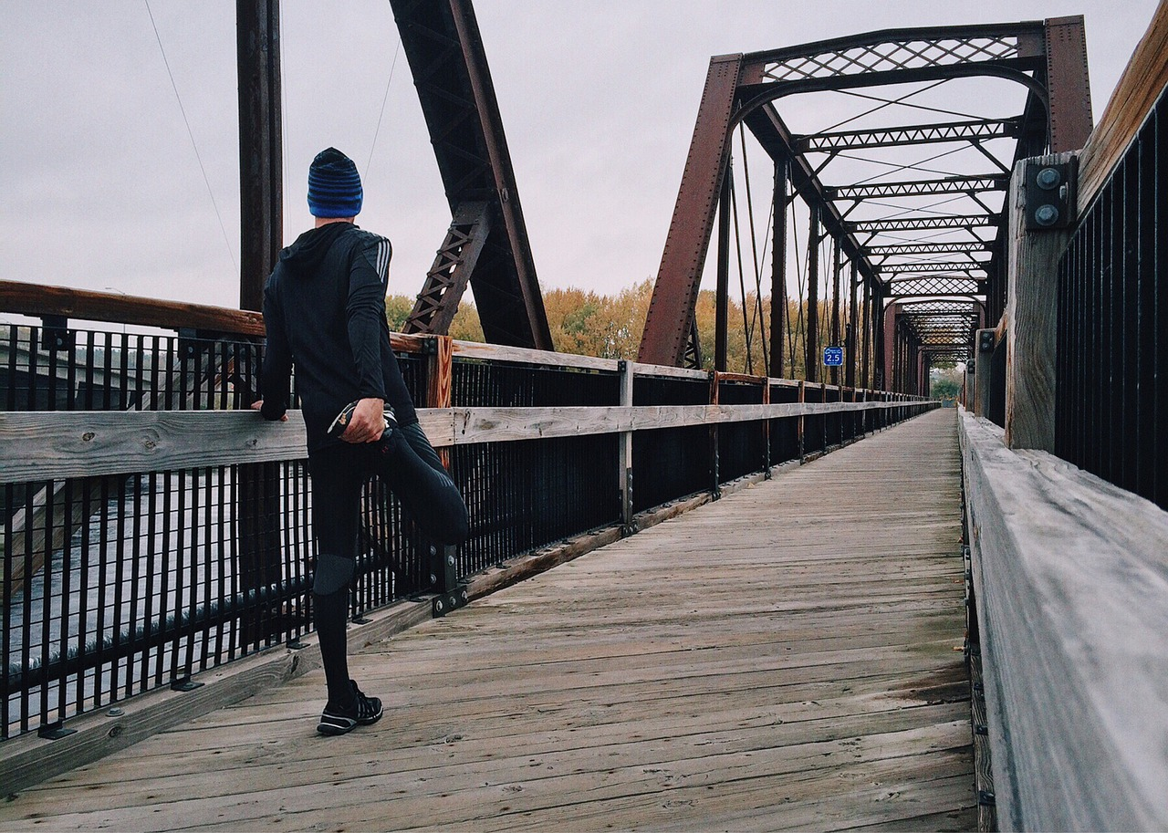 how to choose knee braces for running