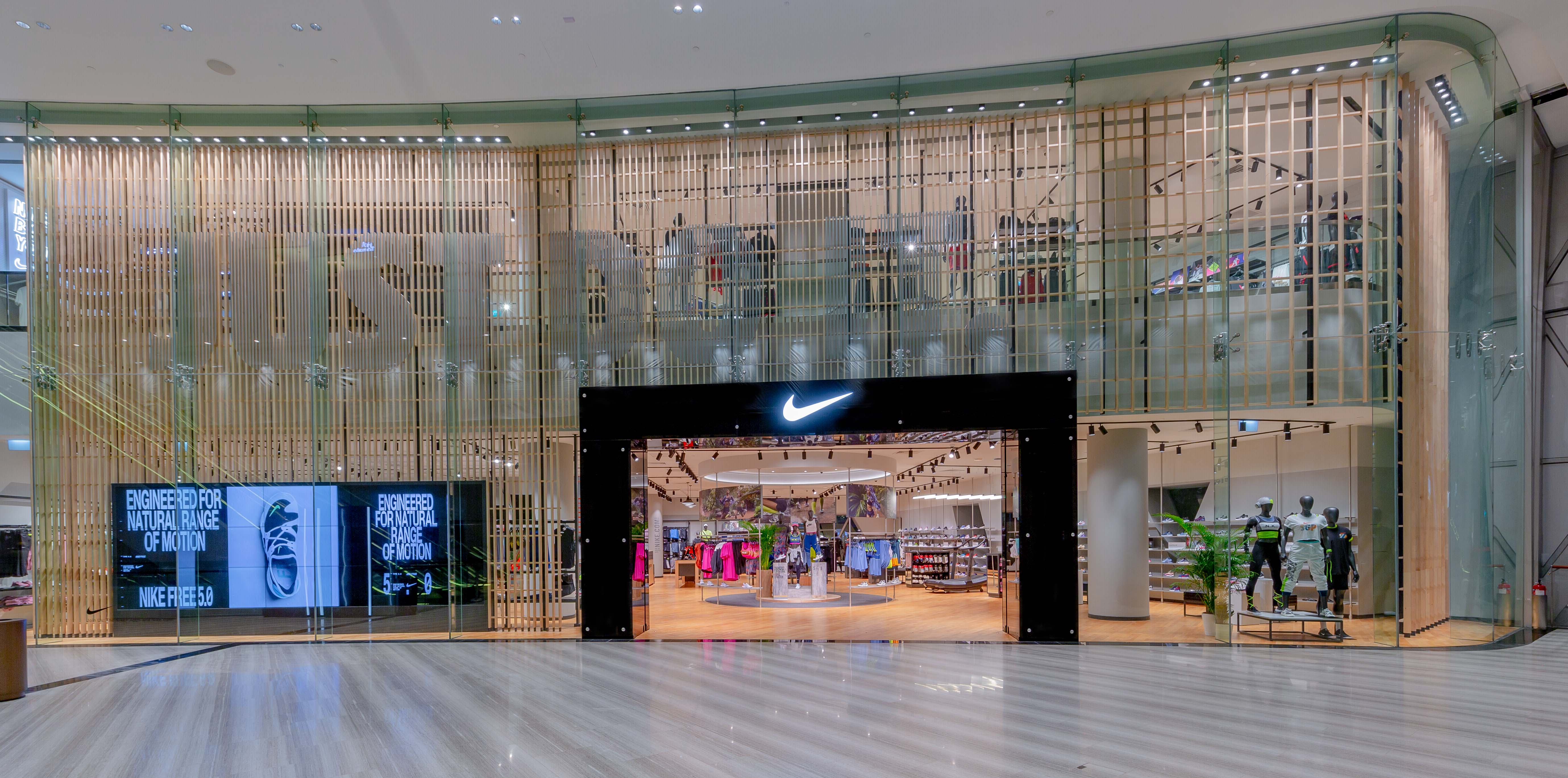 plus récent 04060 4887b Nike Opens Largest Partner-owned Store in Southeast Asia and ...